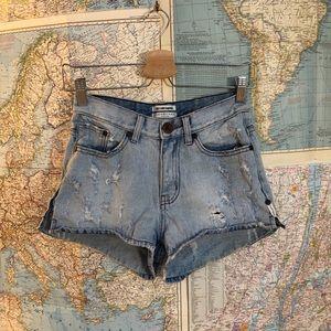 One by one teaspoon romeos shorts